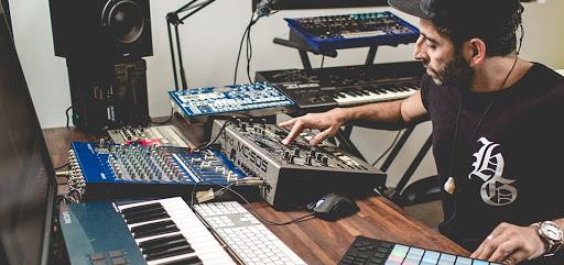 Darius Studio