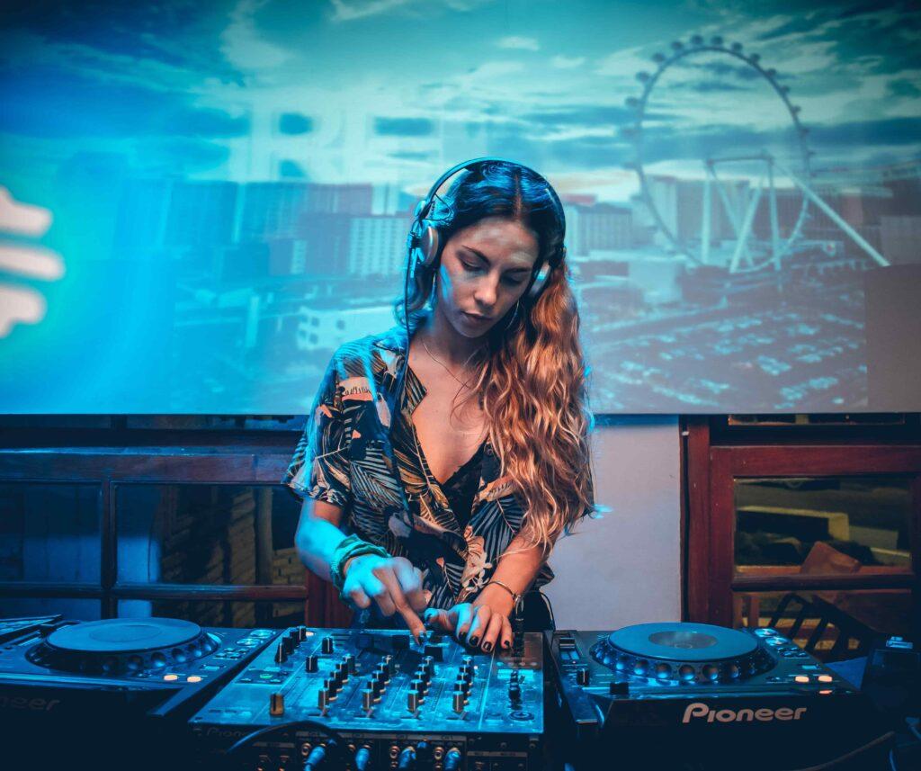 Greta Meier DJ